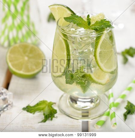 Cold Drink With Mint And Lime