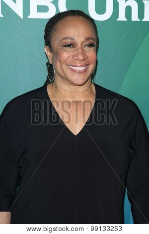 LOS ANGELES - AUG 13:  S Epatha Merkerson at the NBCUniversal 2015 TCA Summer Press Tour at the Beverly Hilton Hotel on August 13, 2015 in Beverly Hills, CA