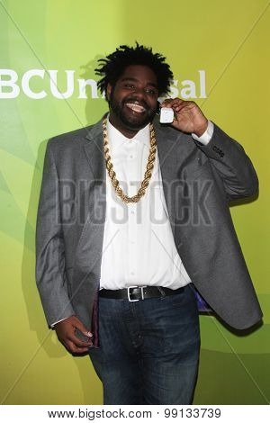 LOS ANGELES - AUG 13:  Ron Funches at the NBCUniversal 2015 TCA Summer Press Tour at the Beverly Hilton Hotel on August 13, 2015 in Beverly Hills, CA