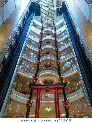Atrium Floors Decorated For Christmas