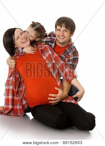 Pregnant mom with her family