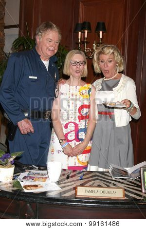 LOS ANGELES - AUG 14:  Dick Christie, fan, Alley Millls at the Bold and Beautiful Fan Event Friday at the CBS Television City on August 14, 2015 in Los Angeles, CA