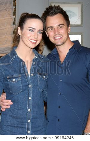 LOS ANGELES - AUG 14:  Ashleigh Brewer, Darin Brooks at the Bold and Beautiful Fan Event Friday at the CBS Television City on August 14, 2015 in Los Angeles, CA