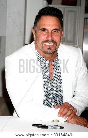 LOS ANGELES - AUG 14:  Don DIamont at the Bold and Beautiful Fan Event Friday at the CBS Television City on August 14, 2015 in Los Angeles, CA