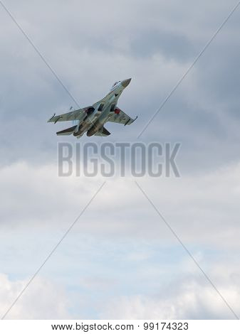 Flight Su-27