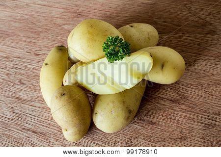 Boiled jacket potatoes