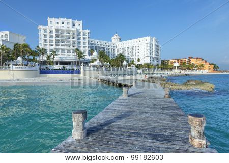 Beautiful Cancun Resorts