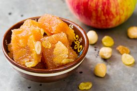 picture of indian apple  - apple fruit jelly on Indian - JPG
