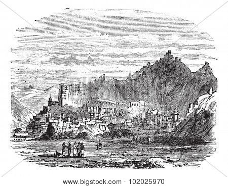 Leh Palace, in the town of Leh, Tibet, China, vintage engraved illustration. Trousset encyclopedia (1886 - 1891).