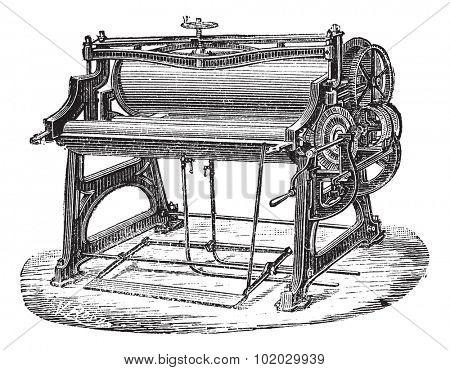 Old engraved illustration of mangle or wringer. Industrial encyclopedia E.-O. Lami - 1875.