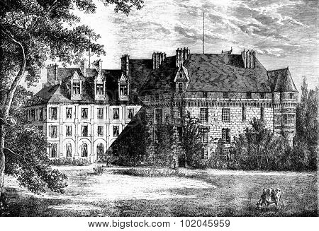 View of the castle of Valmont, vintage engraved illustration. Journal des Voyages, Travel Journal, (1879-80).