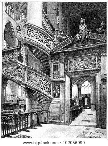 Side door of the gallery of St-Etienne Mount, vintage engraved illustration. Paris - Auguste VITU  1890.