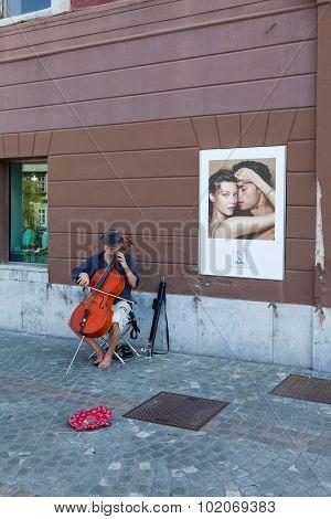 Contrabass Performer In Ljubljana