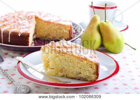 Caramelized Pear Sponge Cake