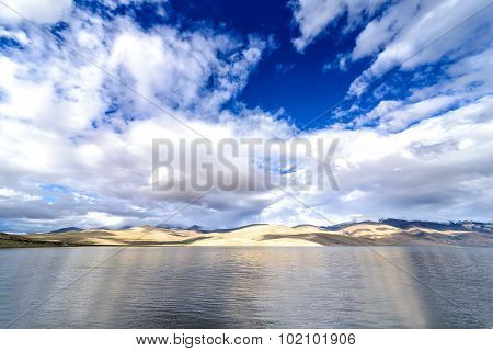 View of Tso Moriri Lake coastline in Ladakh, India.