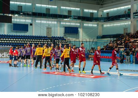CHEKHOV, RUSSIA - SEPTEMBER 17: Handball teams greet each other in the arena on September 17, 2015 in Chekhov, Russia. Champions League.