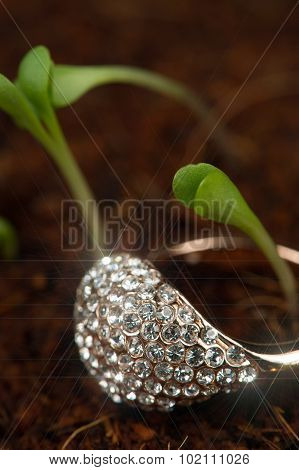 Gold Diamond Ring With Green Plants