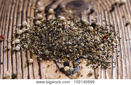 Crushed Peppercorns