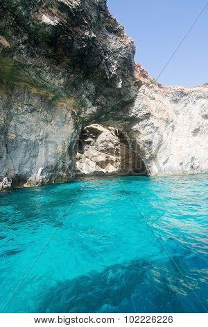 Comino Caves