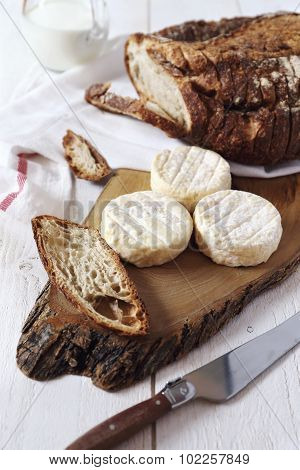 Goat Cheese And  Country  Bread
