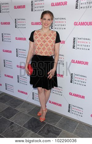 Kym JohnsonLOS ANGELES - SEP 19:  Anna Chlumsky at the 4th Annual Women Making History Brunch at the Skiirball Cultural Center on September 19, 2015 in Los Angeles, CA