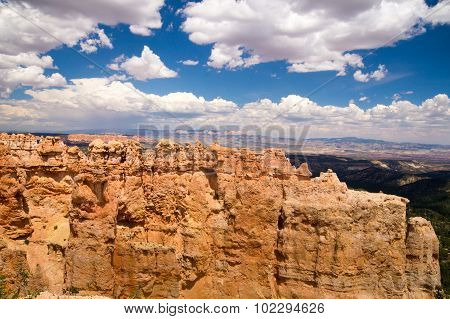 Sandstone Walls Of Bryce Canyon