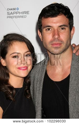 LOS ANGELES - SEP 19:  Tatiana Maslany, Tom Cullen at the 67th Emmy Awards Performers Nominee Reception at the Pacific Design Center on September 19, 2015 in West Hollywood, CA