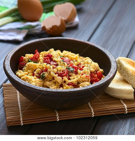 Scrambled Eggs with Bell Pepper
