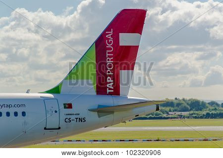 Air Portugal (tap) Airbus A320 Tail