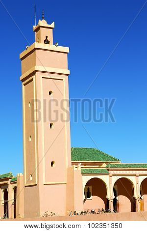 In Maroc Africa Minaret And Bicycle