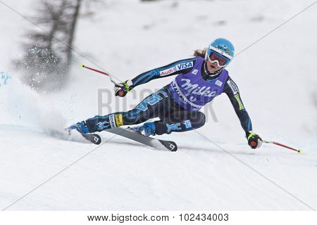 ZAUCHENSEE AUSTRIA. 08 JANUARY 2011.  Julia Mancuso (USA) speeds down the course competing in the downhill race part of FIS Alpine World Cup, in Zauchensee Austria.