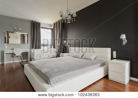 King Size Bed With Headboard