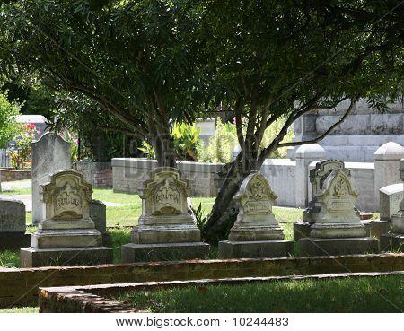 Row of 4 Headstones