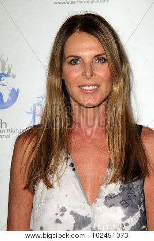 LOS ANGELES - SEP 21:  Catherine Oxenberg at the The Human Rights Hero Awards at the Beso on September 21, 2015 in Los Angeles, CA