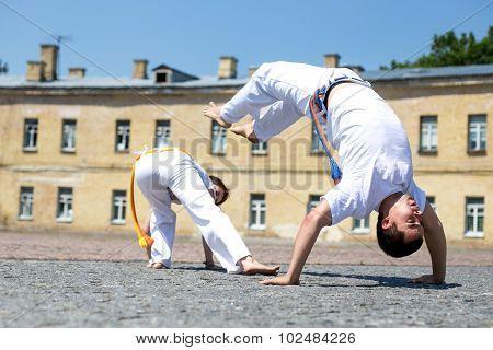 Capoeira fulfill movement