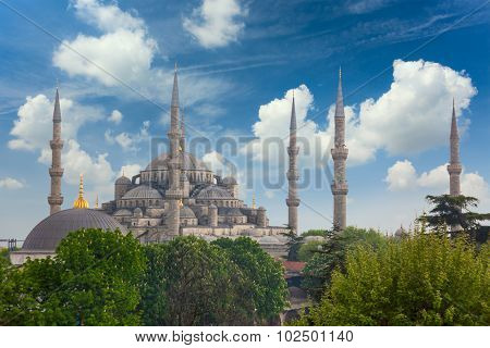 Sultanahmet Blue Mosque in Istanbul, Turkey, spring time and blue sky