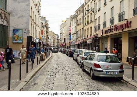PARIS, FRANCE - AUGUST 09, 2015: streets of Paris. Paris, aka City of Love, is a popular travel destination and a major city in Europe