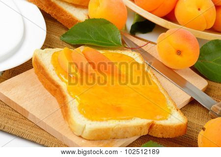 white toast with homemade apricot marmalade