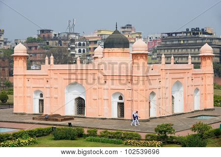 People visit mausoleum of Bibipari in Lalbagh fort in Dhaka, Bangladesh.