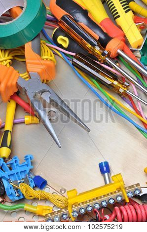 Tools and component kit for use in electrical installations