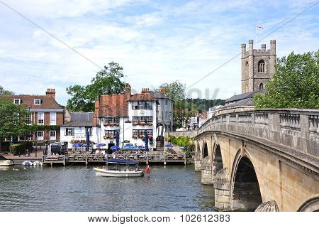 River and bridge, Henley-on-Thames.