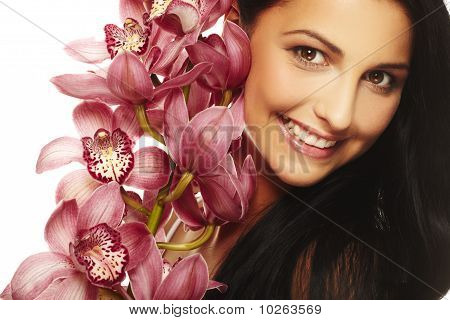 Smiling Girl mit schönen Blüten