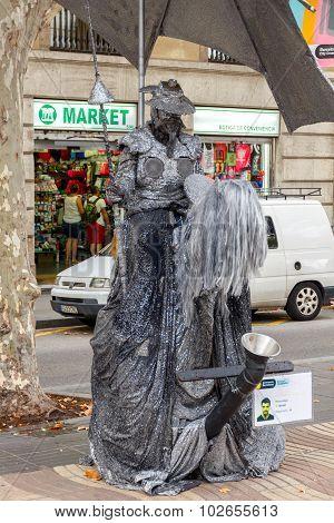 Barcelona. Living Statues.