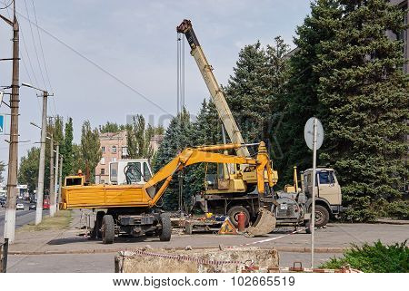 Loader Excavator And Mobile Crane