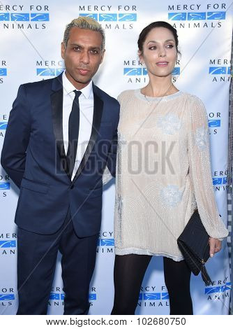 LOS ANGELES - AUG 29:  Tony Kanal & Erin Lokitz Mercy for Animals presents 'Hidden Heroes' Gala  on August 29, 2015 in Hollywood, CA