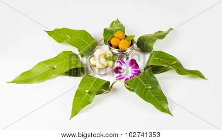 garland of mango leaves, toran . It is auspicious in hindu religion and used as a decoration during