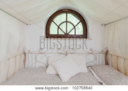 Fancy Bed With Iron Decor