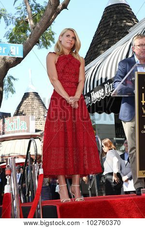 LOS ANGELES - SEP 24:  Claire Danes at the Claire Danes Hollywood Walk of Fame Star Ceremony at the Hollywood Blvd on September 24, 2015 in Los Angeles, CA