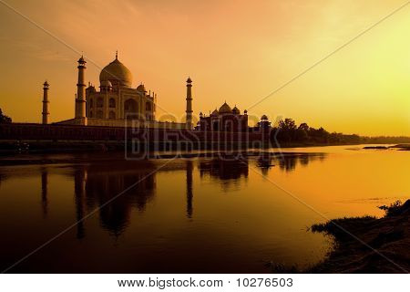 Reflection of the Taj Mahal in the Yamuna river.