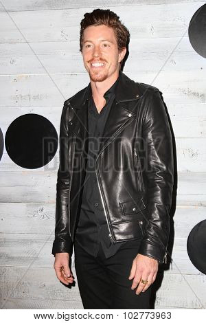 LOS ANGELES - SEP 24:  Shawn White at the VIP Sneak Peek Of go90 Social Entertainment Platform at the Wallis Annenberg Center for the Performing Arts on September 24, 2015 in Los Angeles, CA
